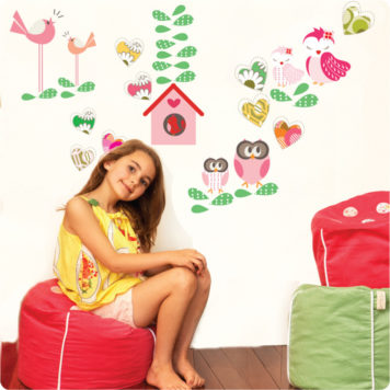 Love Struck removable wall stickers with pretty lady sitting in front on a bean bag