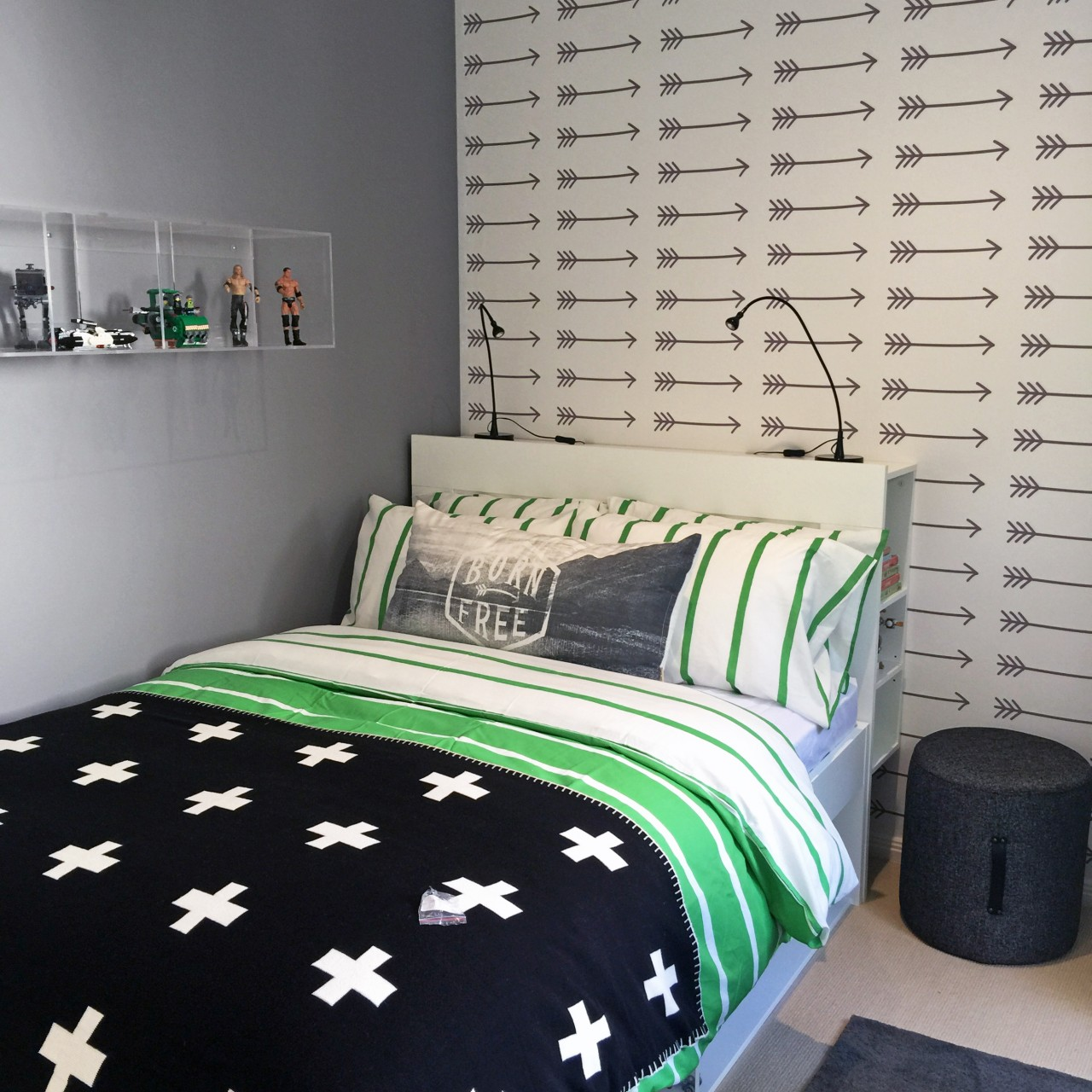 Arrows removable wallpaper Australia for walls in boy's bedroom