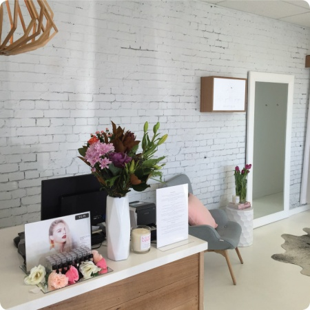 White Brick wallpaper in an office room