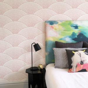Shells removable wallpaper seen in Dusk