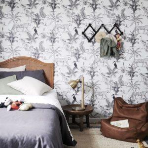 Black and White Jungle wallpaper