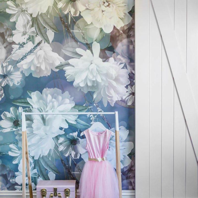 Flower Posey wallpaper seen in a child's bedroom